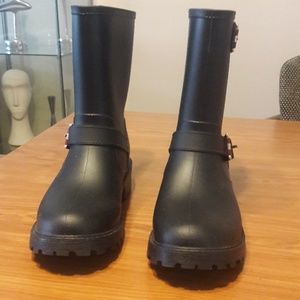 Tommy Hilfiger Shoes - Tommy Hilfiger rain boots